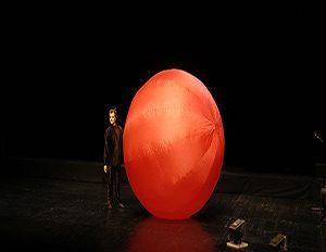"""Kukla gösterisi """"Kırmızı Top"""""""