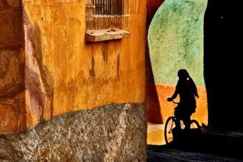 Rétrospective Yusuf Tuvi : Emotions et Couleurs de la Vie